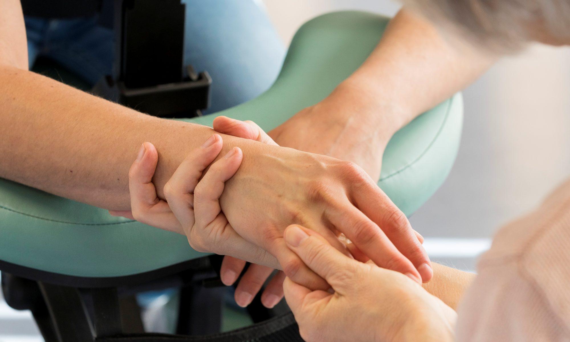 Massage der Hände